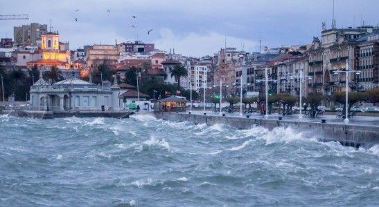 La bahía con viento sur.