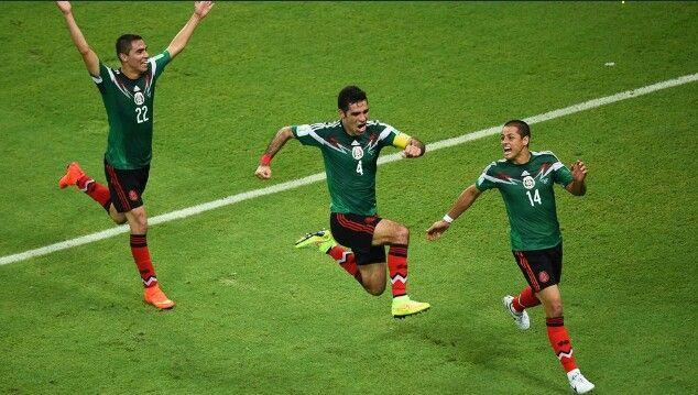 Rafa Marquez mete el primero de los tres goles de México vs Croacia