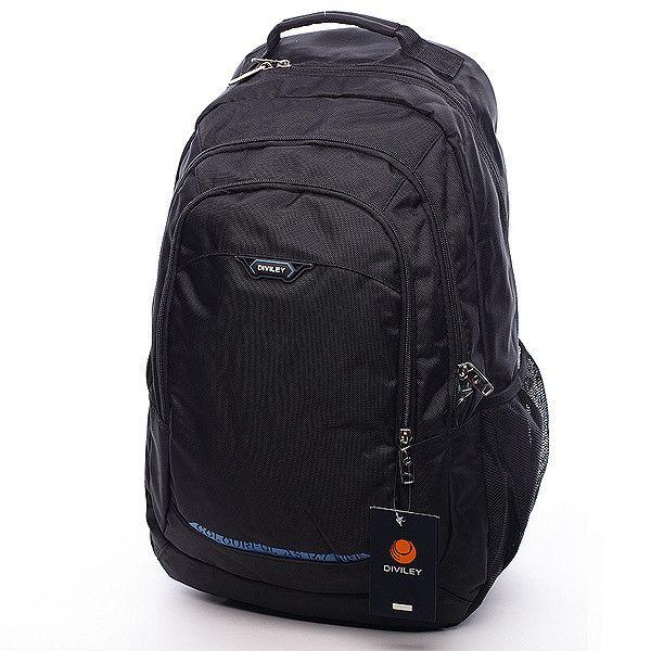 #batoh Černý batoh Diviley se třemi prostornými kapsami a modrým potiskem vepředu. Batoh má vyztužená záda, nastavitelné polstrované popruhy, několik kapes a postranní síťky na láhve s pitím. Dopřejte si kvalitní a pohodlný batoh pro vaše tůry.