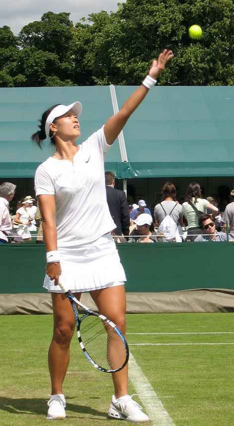 02. Li Na – China (Tennis) Top 10 Highest Paid Female Athletes in the world 2015 http://www.sportyghost.com/top-10-highest-paid-female-athletes-world-2015/