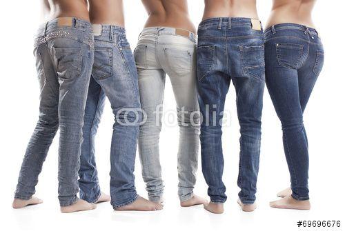 #abbigliamento #adulto #alla #moda #amica #amicizia #assieme #blu #casuale #cotone #di #tendenza #donna #femmina #giovane #gioventù #girovita #gruppo #in #forma #in #piedi #indossare #insieme #irriconoscibile #jeans #maschio #moda #modello #moderna #persone #piede #posteriore #primo #piano #raffinato #scoprire #snellezza #stile #stile #di #vita #stoffa #tasca #tendenza #tessile #topless #uomo #vestito #western