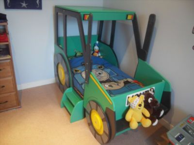 tractor toddler chair | Tractor Toddler Bed (1 items)