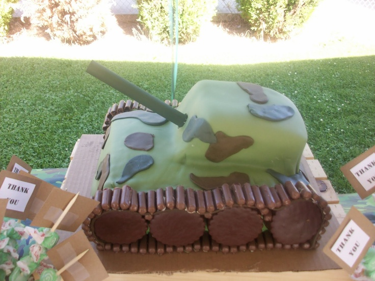 Tank Cake. It's the day before B's party and I'm STILL pinning cakes...