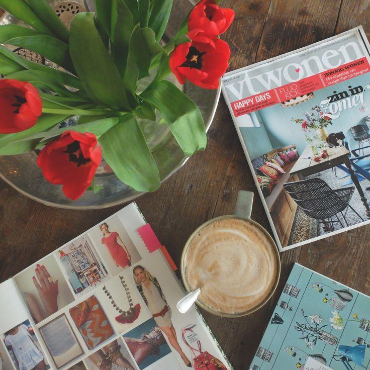 Hallo Wochenende.. Kaffee und Inspirationen. Perfekter Start in den Samstag <3 Und was macht ihr so ? #coffee #saturday #weekend #inspiration #flowers #moods