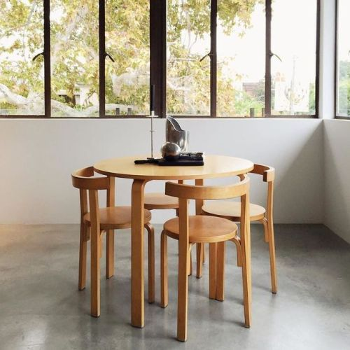 Small Dining Table + Chairs #ChairComedores
