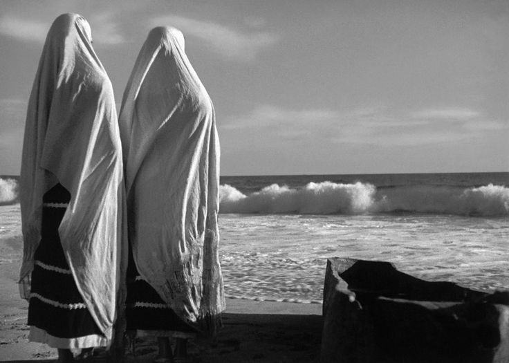 "Scene from the movie ""La Perla"", gorgeous cinematography by the great Gabriel Figueroa"