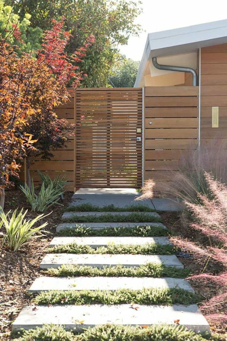 Madeira de portão de jardim – rústico vs. design moderno rústico   – Garten