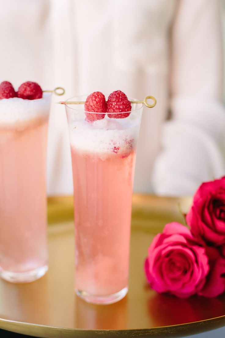 Girls night recipe | Raspberry rose cocktail.