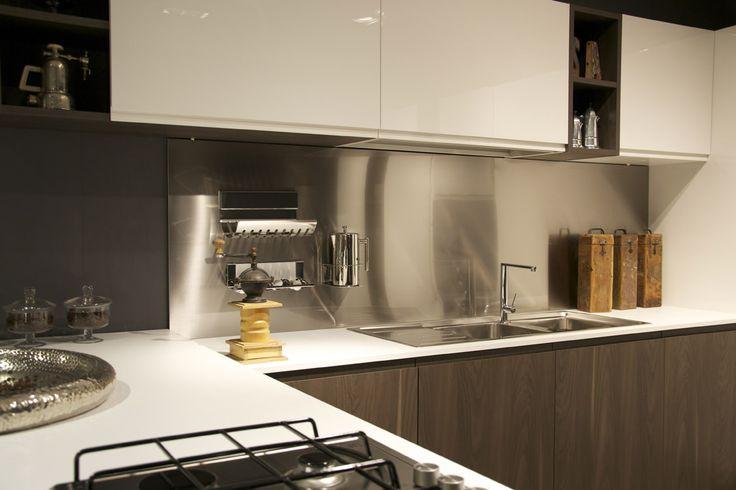 Interni Milano - Italy #magnetika #kitchen #accessories #steel #rondadesign #madeinitaly #isaloni
