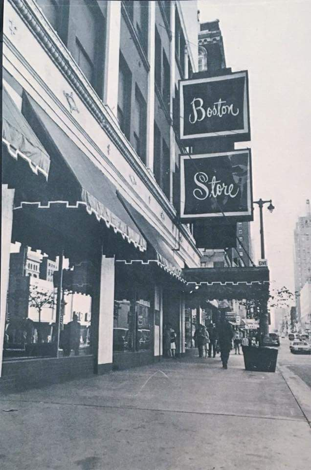 An Older Probably 1970 S Photo Of The Downtown Milwaukee Boston