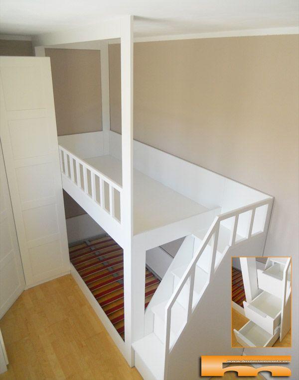 Litera con escalera lateral con cajones, a medida para habitación infantil. Proyecto realizado por fusteriamanel.com