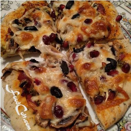 #Pomegranate on #Pizza? Why not! #Recipes @ http://foodcult.com/pizzas.php - A Place for Galganov's #recipes and More - #Food Matters!