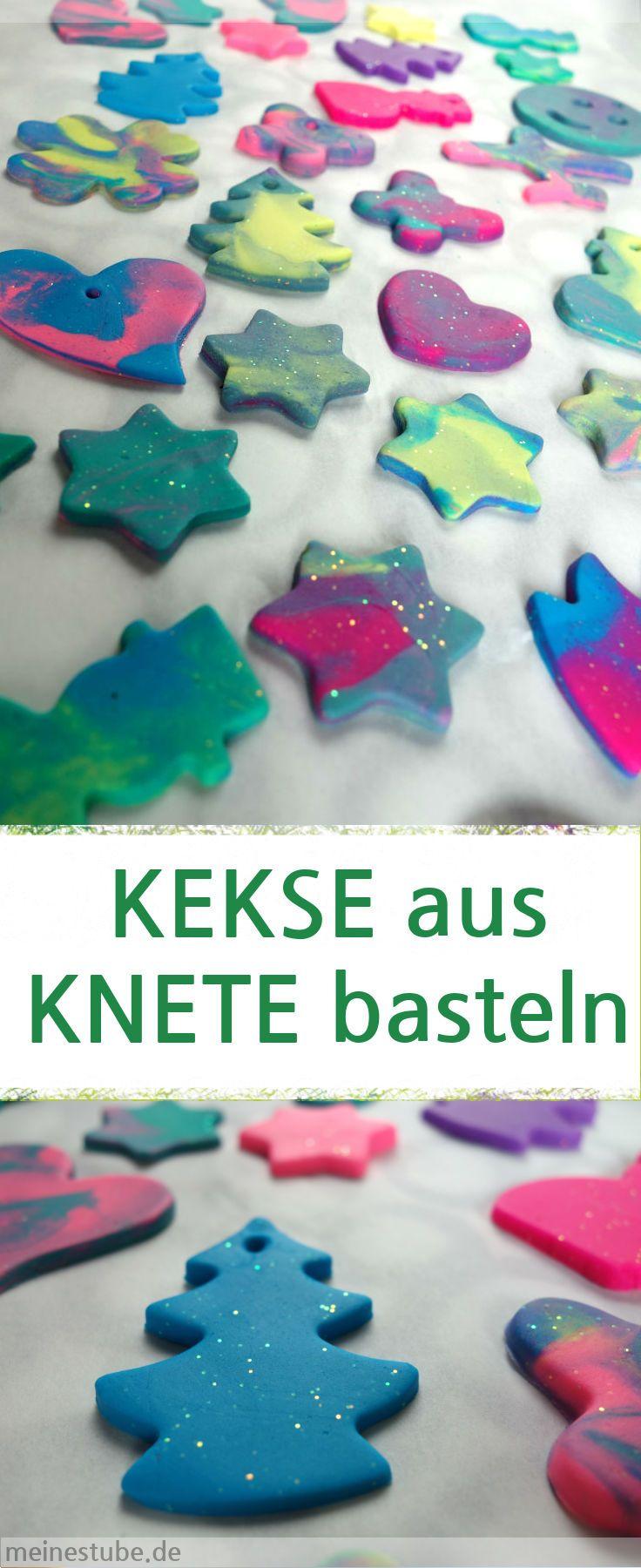 DIY: Anleitung basteln Kekse mit Knete, Geschenkidee, Anhänger, Weihnachten, Weihnachtsschmuck #basteln #kekse #knete