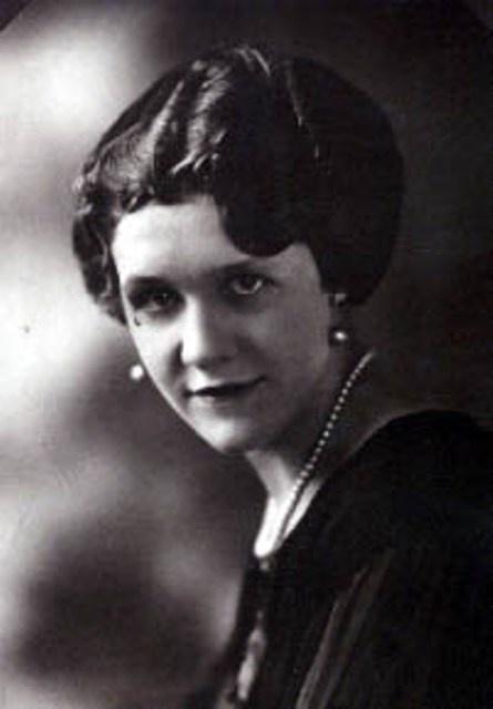 Pauline Pfeiffer Hemingway - #2 wife