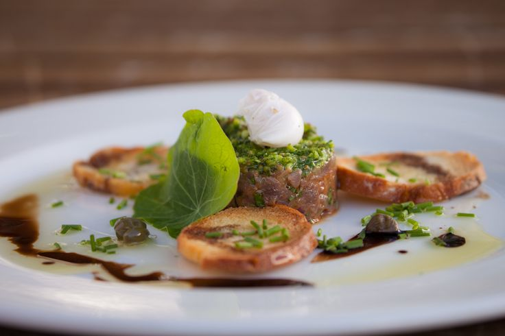 Springbok steak tartare, nasturtium & almond pesto, quail egg with Tenuta san Pietro Gavi 2011- 100%Cortese  (Piedmont, Italy)