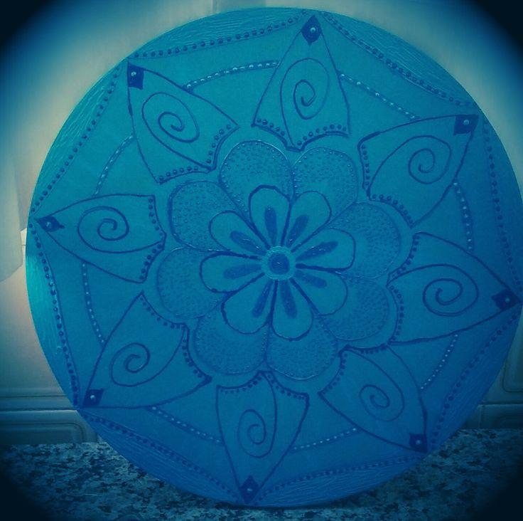 Mandala Azul, emana paz calma e tranquilidade para o dia-a-dia.