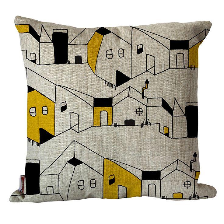 Maisons à Roquebrune cushion cover | hardtofind.