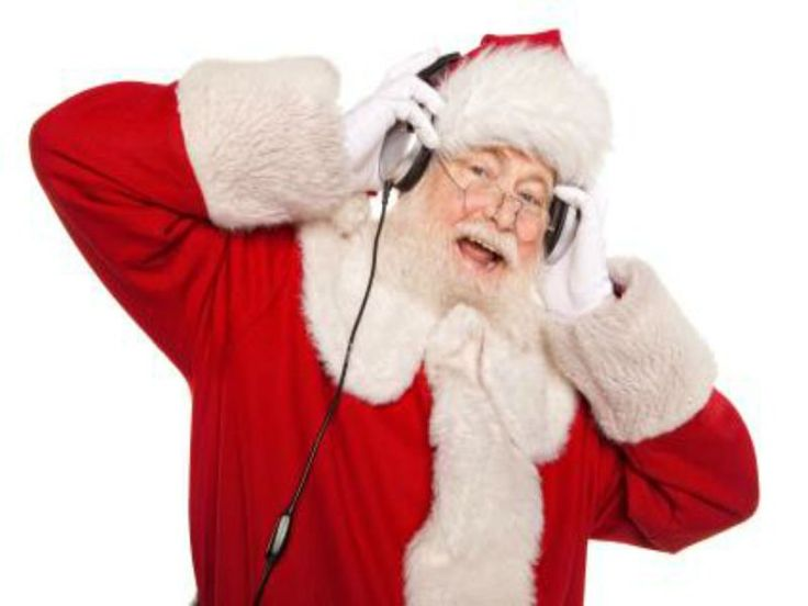 """Contribuindo para um natal solidário, Lucci Meeting Club promove """"Noite do Bem"""". Todos os DJs que tocaram na casa em 2013 dividem as pickups num evento beneficente. Entrada é um brinquedo ou R$ 10, valor que será convertido na compra de brinquedos para crianças carentes. Atração ocorreno dia 11 de dezembro, a partir das 20h20....<br /><a class=""""more-link"""" href=""""https://catracalivre.com.br/curitiba/agenda/barato/noite-do-bem-leva-presentes-de-natal-a-criancas-carentes/"""">Continue lendo »</a>"""