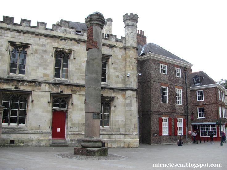 The Roman Column, York / Йорк - римская колонна #England