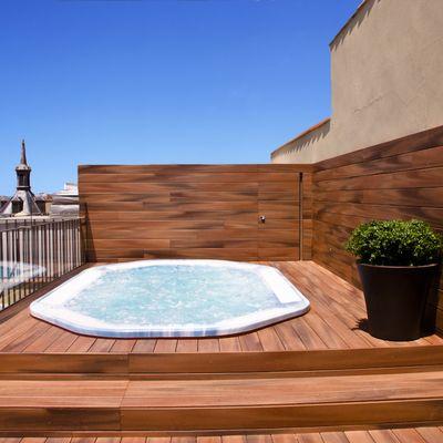 Jacuzzi exterior precio vasca da esterno cerca con google for Precio de jacuzzi exterior