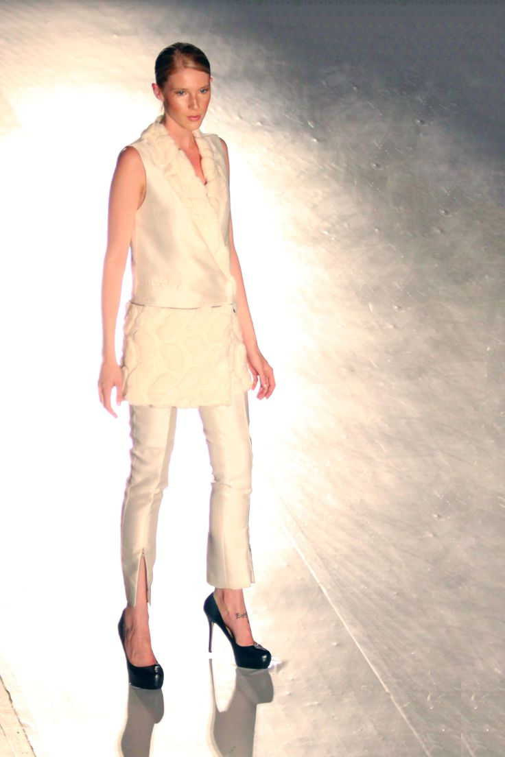 #CPFW2014 Philippine Fashion's Biggest Night showcases the collection of Noel Crisostomo @ Royal York | Photo by Belle Bunag