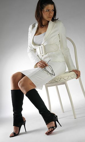 AROLLO Knee High, Overknee and Thigh High Boots on http://www.overknee-stiefel.net