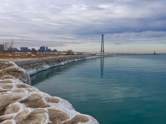 World, Surprise me: Imagens do inverno no Lago Michigan #chicago #travel #viagem