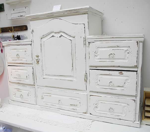 entz ckende shabby chic holzkommode vitrine schrank kasten vitrine weiss furnitur. Black Bedroom Furniture Sets. Home Design Ideas