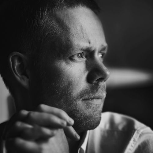 Max Richter trained in composition and piano at Edinburgh University, at the Royal Academy of Music, and with Luciano Berio in Florence.  On completing his studies, Max co-founded the iconoclastic c