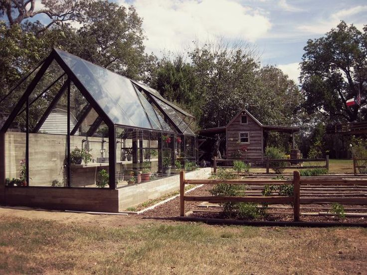 What an amazing greenhouse. A modern, steel and glass take on the traditional hothouse. Pavonetti Office of Design, Austin Texas - desire to inspire - desiretoinspire.net