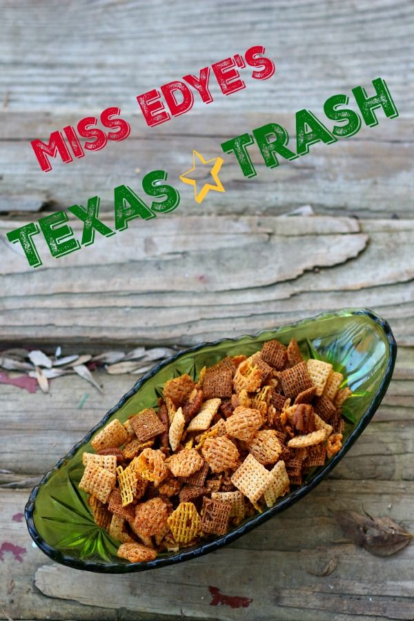 Texas Trash makes a great gift for the holidays. Salty, spicy, crispy, and crunchy it definitely has southwestern flavor. From MadeFromPinterest.com