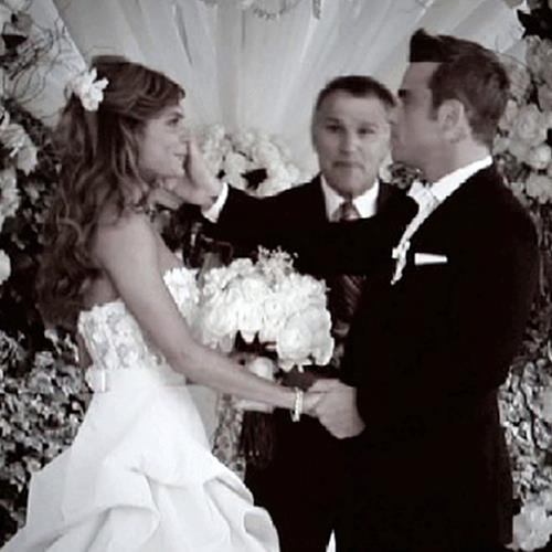 Robbie Williams ...wedding day #dental #poker