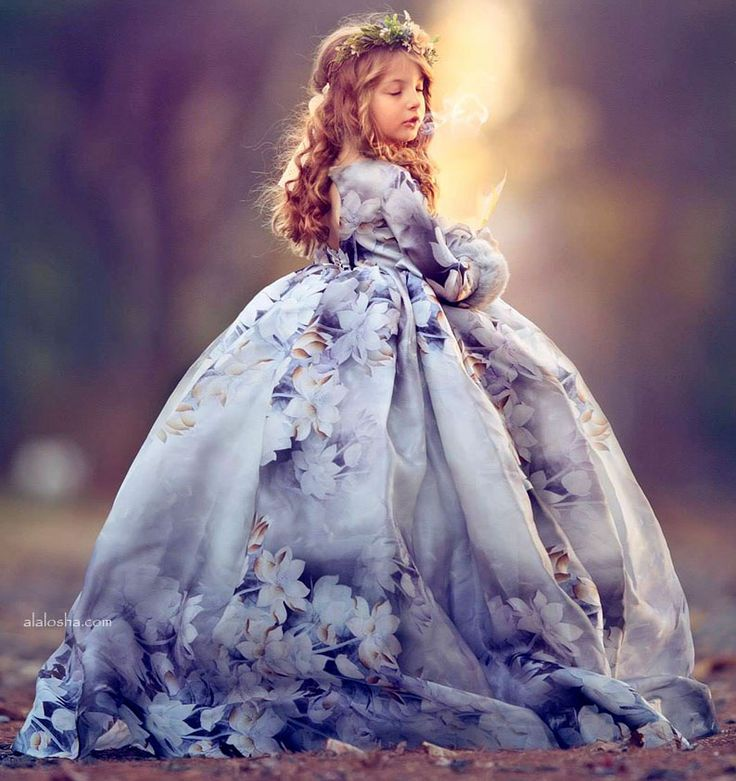 "ALALOSHA: VOGUE ENFANTS: Must Have of the Day: ""Frosted"" Silk Gown by Anna Triant Couture"
