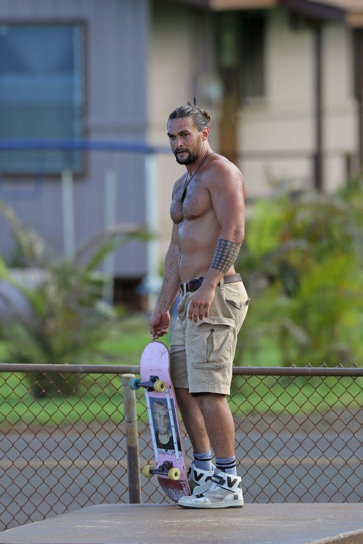 "jason-the-best-momoa: ""  JASON MOMOA Shirtless Skateboarding in Hawaii 09/04/2015 by Alexa 8 September, 2015 Part 1 of 3 """
