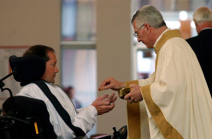 https://flic.kr/p/6wUgVA | Father Roger during Communion. | Photos by Tim McKenna.
