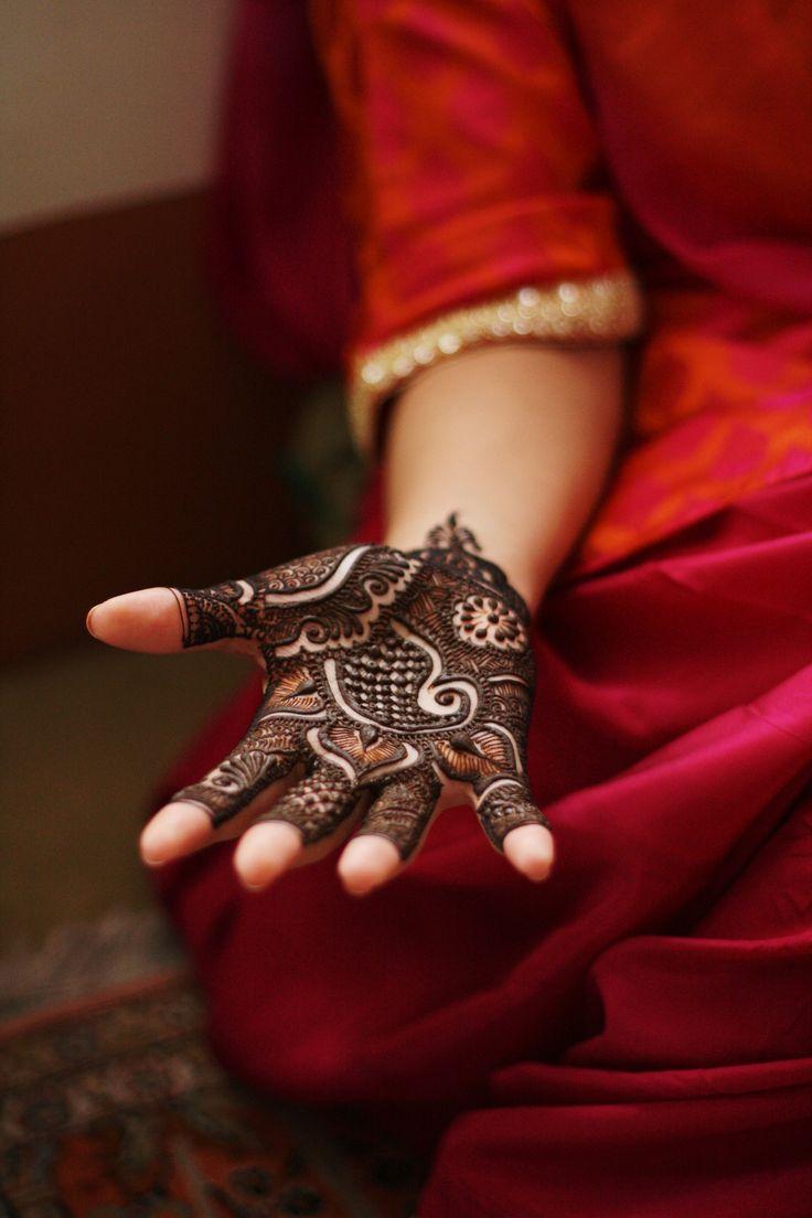 love this amazing and intricate henna design #indianwedding #mehendi