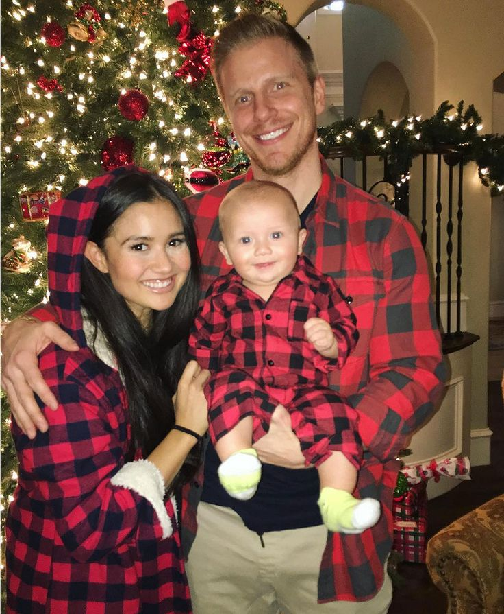 Festive Family Flannel! Sean and Catherine Giudici Lowe Don Plaid Outfits to Match Son Samuel #festive #family #flannel #catherine #giudici…