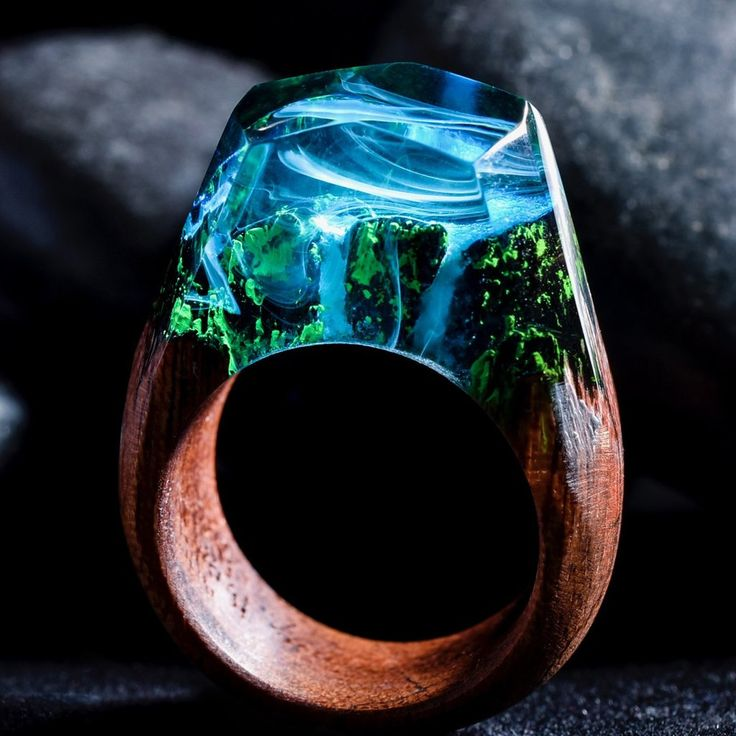secret wood ring em resina de poliéster e madeira