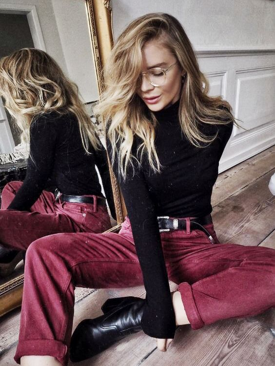 Love the textures and colours going on in here. Those red velvet trousers are delish. And the background. I need this mirror in my life @EmilyMohsie