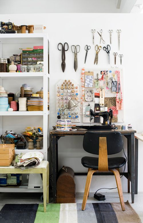 inspritation for my nascent sewing table.: Studios Spaces, Creative Spaces, Crafts Rooms, Sewing Spaces, Work Spaces, Workspaces, Lotta Jansdott, Sewing Rooms, Sewing Machine