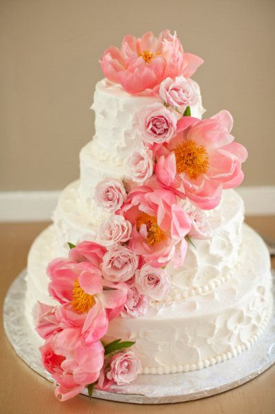Style Me Pretty | Gallery: Pink Flowers, Floral Design, Frostings Photography, Cakes Tips, Wedding Cakes, Flowers Cakes, Caroline Frostings, Fresh Flowers, Pink Rose