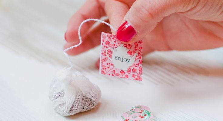 Des étiquettes pour mes sachets de thé à télécharger... à utiliser pour faire un marque-page mug !