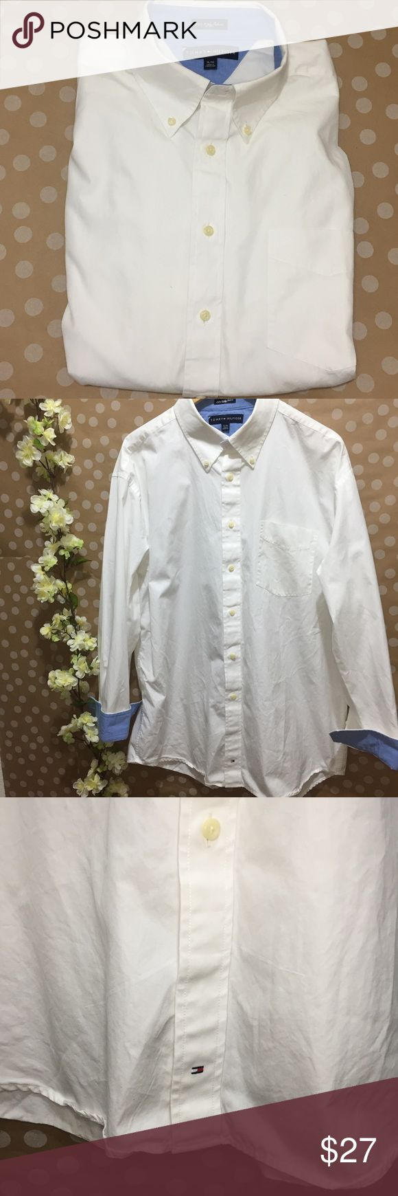"""Tommy Hilfiger White 80's 2 ply fabric Excellent condition with no flaws. Armpit to armpit 23"""" length 33"""". Bundle and save! Tommy Hilfiger Shirts Dress Shirts"""