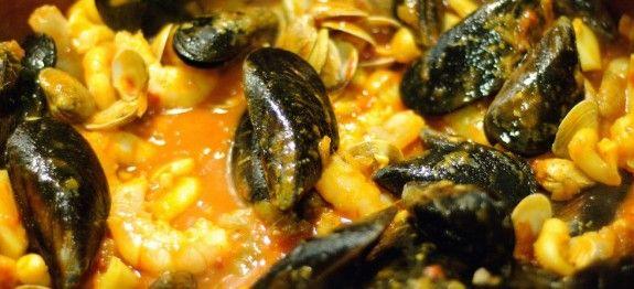 Minestra di zucca con frutti di mare