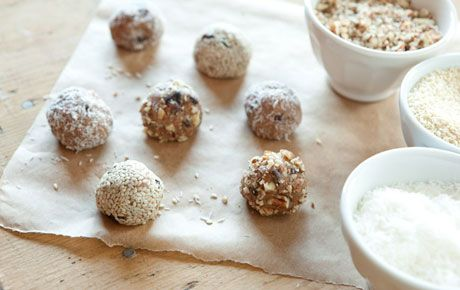 Kids love making and eating these chocolate earth balls, a less fancy version of grown-up truffles. The best part? No baking required! From The Whole Foods Market Cookbook.Fun Recipe, Parties Snacks, Energy Ball, Earth Ball, Chocolates Earth, Whole Food Marketing, Nut Butter, Fall Food, Whole Foods