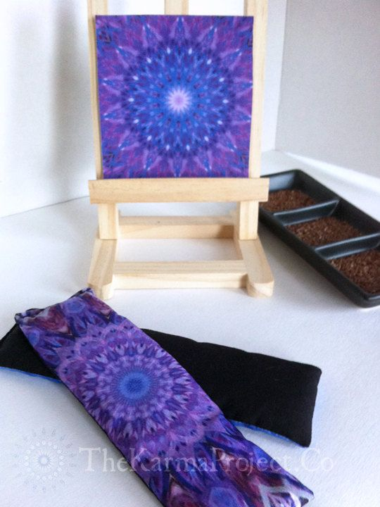 Approximately 20 percent of our energy is lost through the eyes. The gentle weight of the eye pillow allows the eyes to rest and helps ease tension from around the eyes and forehead both increasing and accelerating relaxation during savasana or meditation. #Savasana #Shavasana #Eye #Pillow #Crown #Sahasrara #Canvas #Combo