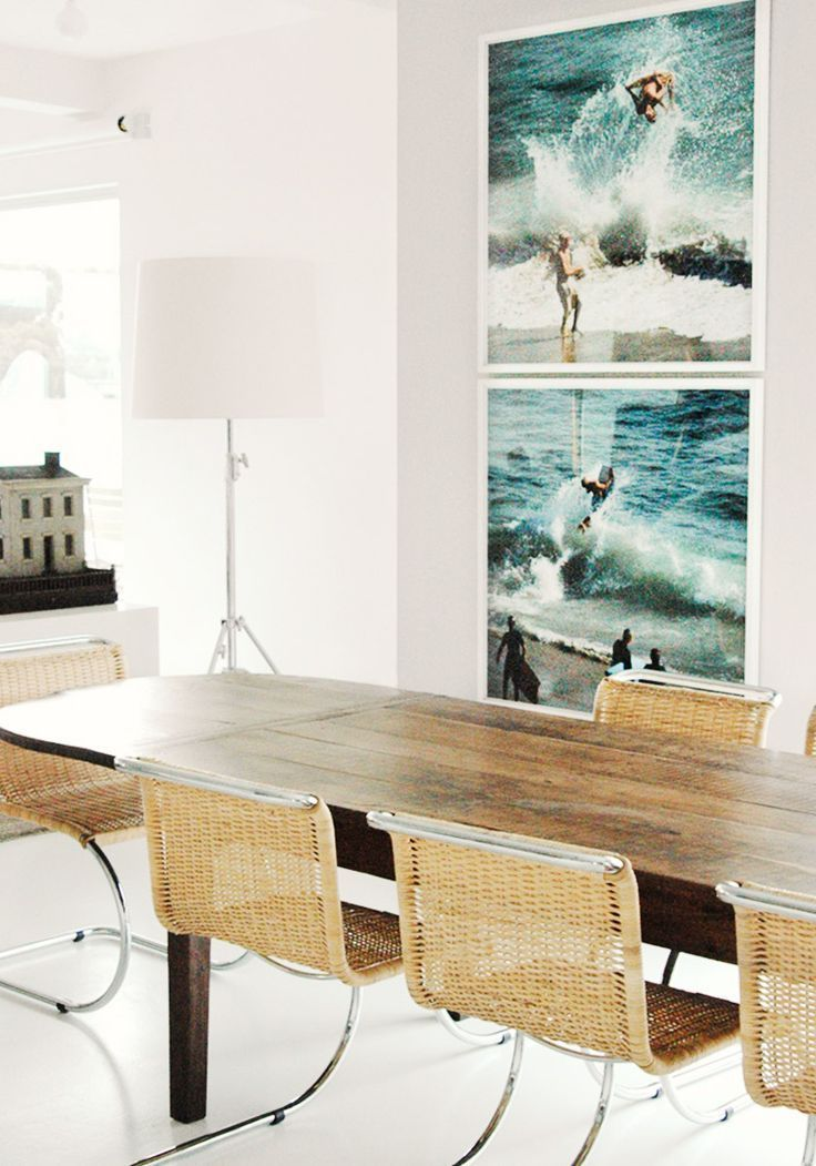 Овальные столы для кухни: тонкости выбора и 80+ комфортных моделей для современного интерьера http://happymodern.ru/ovalnye-stoly-dlya-kuxni/ Овальный продолговатый овальный стол из ясеня в интерьере кухни-гостиной