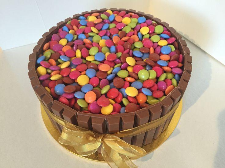 Kit Kat & Smarties Cake #2