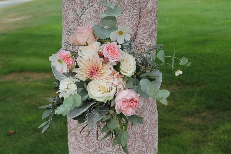 Blush wedding bouquet  http://wanakaweddingflowers.co.nz/