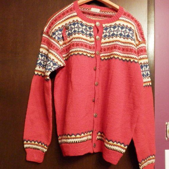 Beautiful Vintage Norwegian Sweater 100% Wool by Retroflashbox